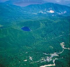 カルルス温泉全景