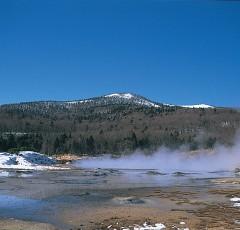 冬の大湯沼