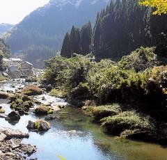 隼人・新川渓谷温泉郷